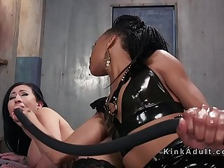 Wide ass babe anal fucked with toys