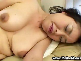 Japanese milf uses vibrator before giving bj