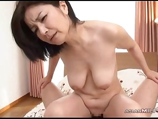 Milf Sucking Guy Hairy Pussy Fucked On The Bed