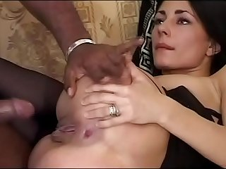 Sofia Gucci VS Roberta Gemma (Full Porn Movie)