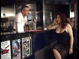 Horny Jessica walk into the bar of sin to taste the bartender's cock