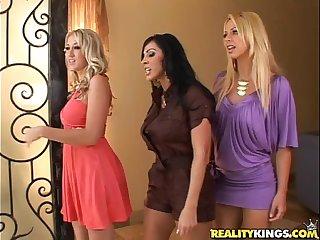 Brianna Beach, Veronica, Alana tease a nerd's lucky cock