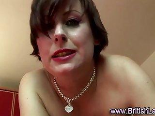 Mature British lady in sexy nylons fucking